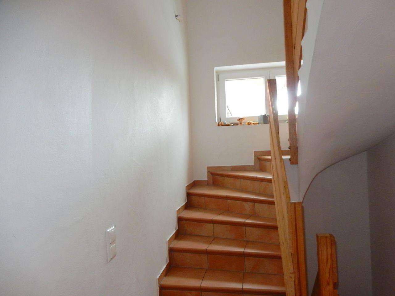 Treppenhaus Massivtreppe